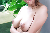 Busty shaved BB Ran strips and plays with vibrator